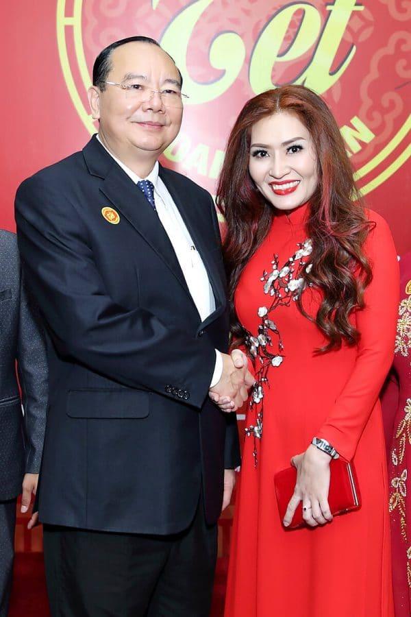 Spa Ngoc Anh duoc vinh danh Top 20 Ngoi Sao Kinh Doanh cua nam 2016-2